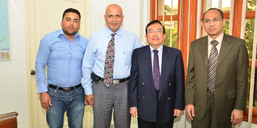 The Indonesian ambassador in Lebanon meet a delegation from SHAHED